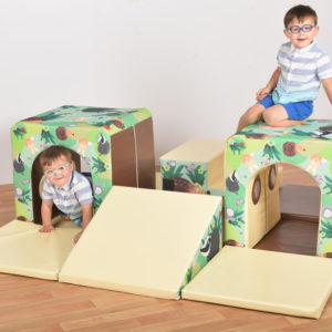 600 Hide and Seek Set (+ storage sacks) T5023W