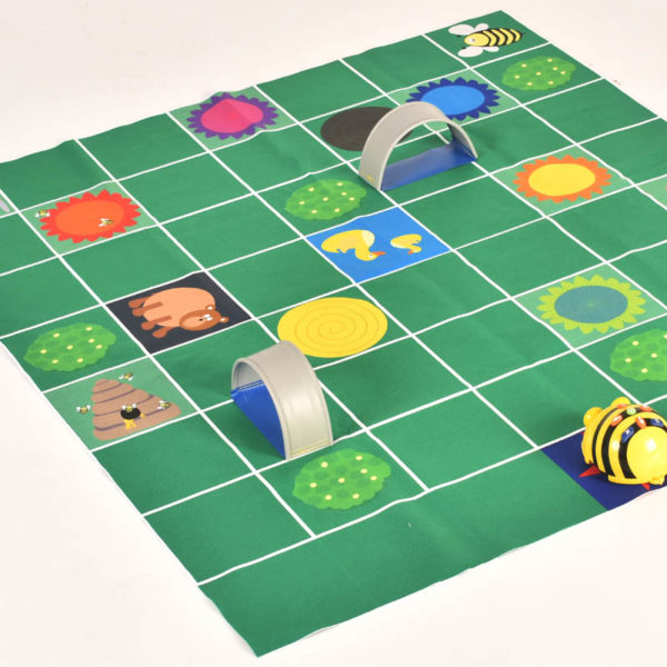 Honey Hunt double sided mat for coding robot (150mm grid) W2002